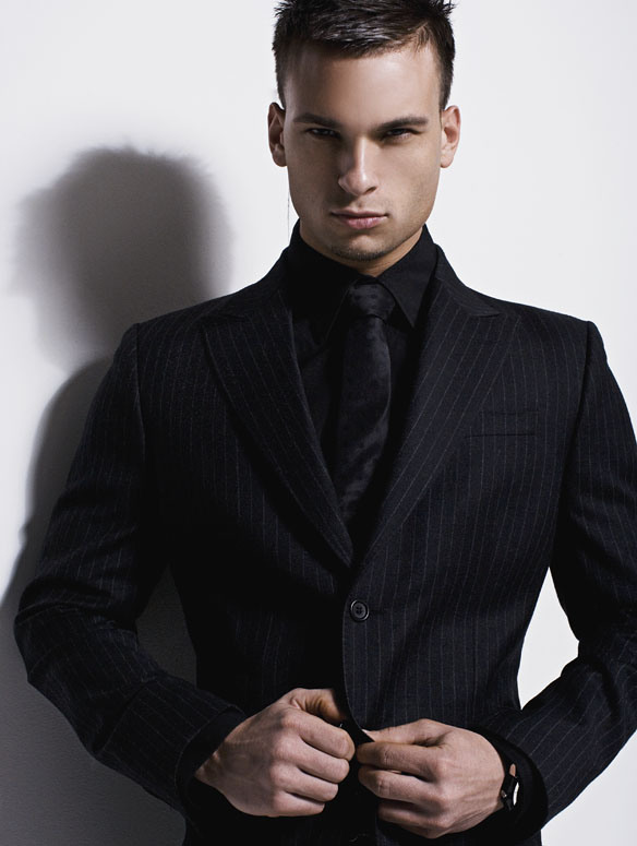 Classacttuxedo1 for Black suit with black shirt and tie